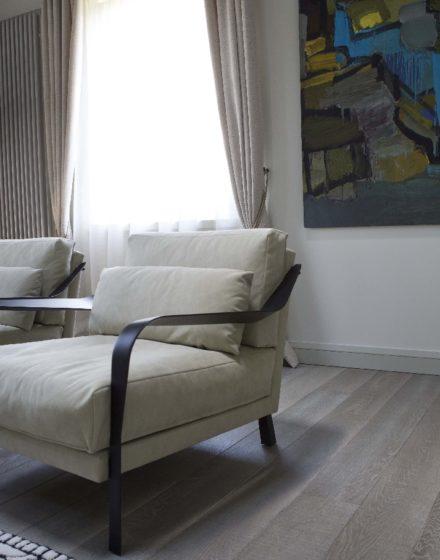 Medinės grindys iš ąžuolo: spalva Balta Q-3408.