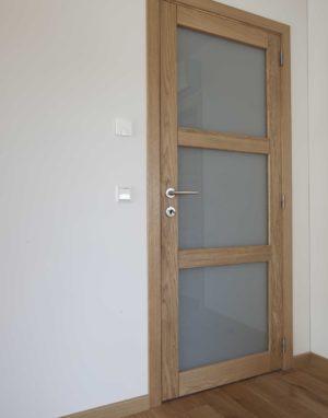 Medinės durys ąžuolinės modelis D3F3S Bespalvė alyva 3305 Medžio stilius
