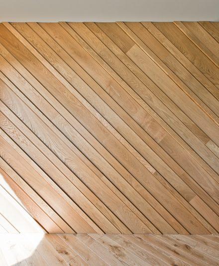Mediniai laiptai Deko siena 3305 medinė Medžio stilius