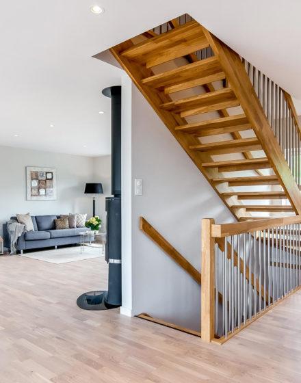 mediniai ąžuolo masyvo laiptai I forma Bespalvė alyva 3305 Medžio stilius
