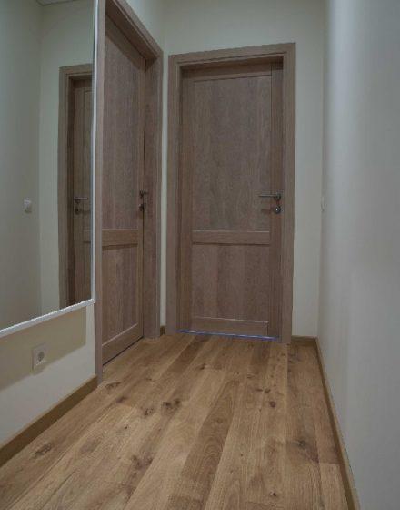 Drewniane dębowe drzwi: modele D2F i D2F1S, kolor Szary 3417.