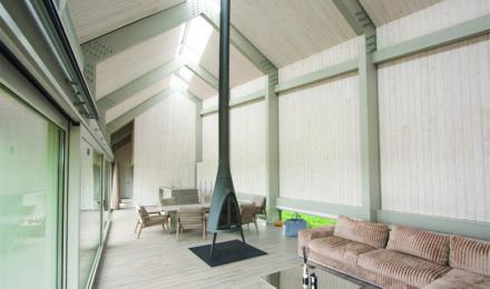 Medinės grindys SKaidriai balta Q-3408 Medžio stilius